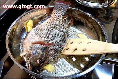 图片:桂林啤酒鱼的做法-步骤2