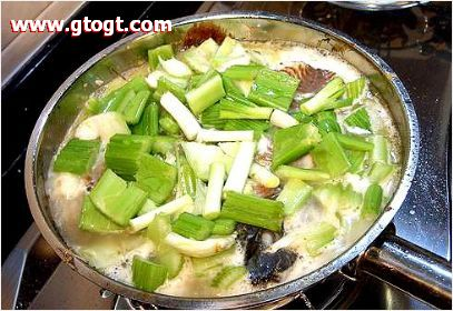 图片:桂林啤酒鱼的做法-步骤4