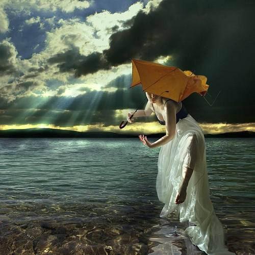 图片1. 水边的女孩
