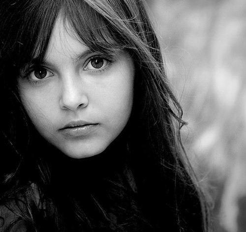 图片一个女孩的肖像